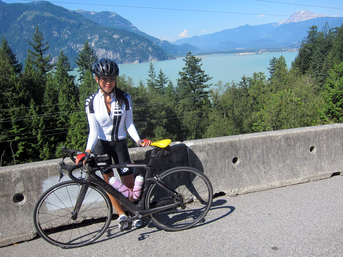 cycling on the sea to sky from vancouver to whistler @ twentyfourcarat.net